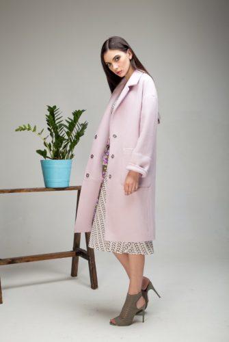 Пальто-халат со съемным поясом розового цвета