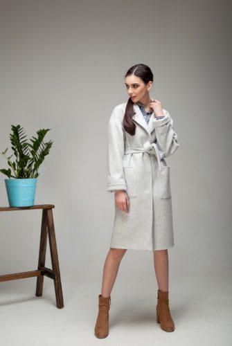 Пальто-халат со съемным поясом мраморного цвета