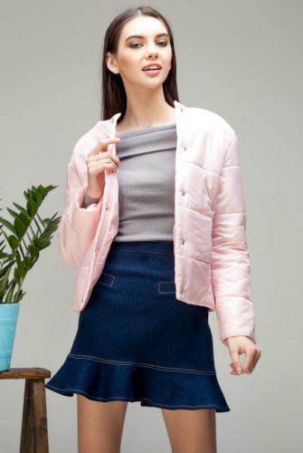 Куртка стеганая короткая зефирного цвета
