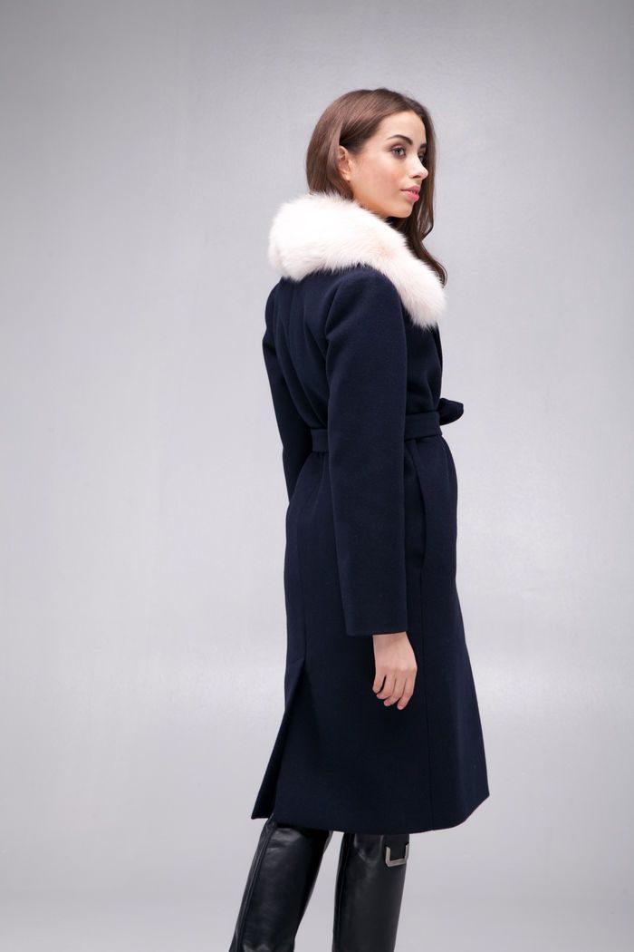 Пальто с меховым воротником из песца синее - THE LACE