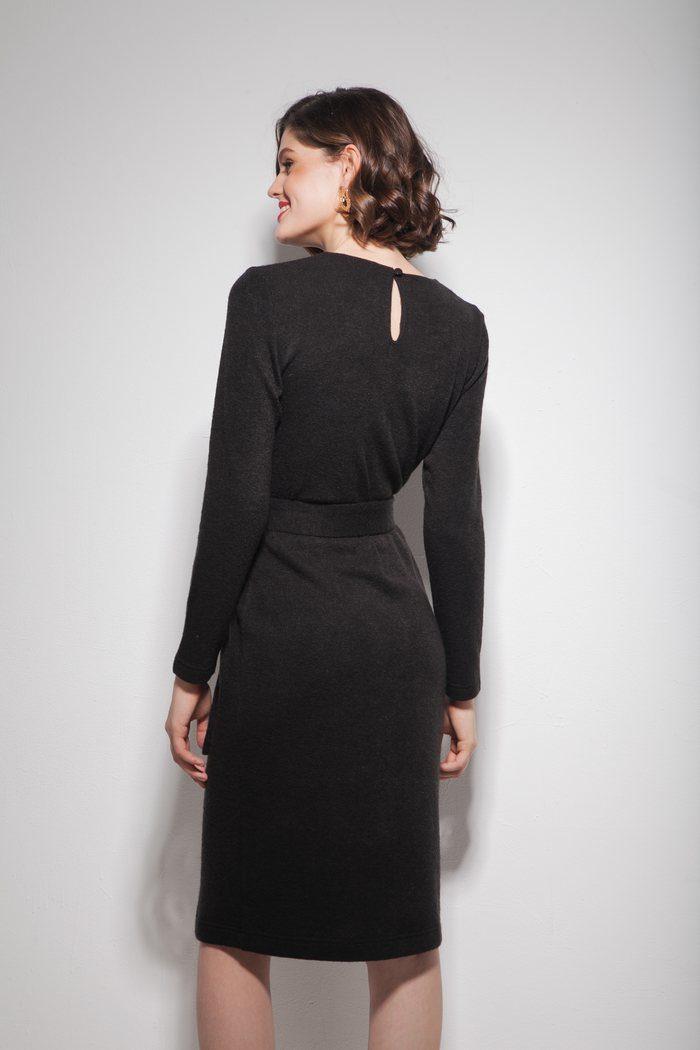 Платье из ангоры с поясом черное - THE LACE