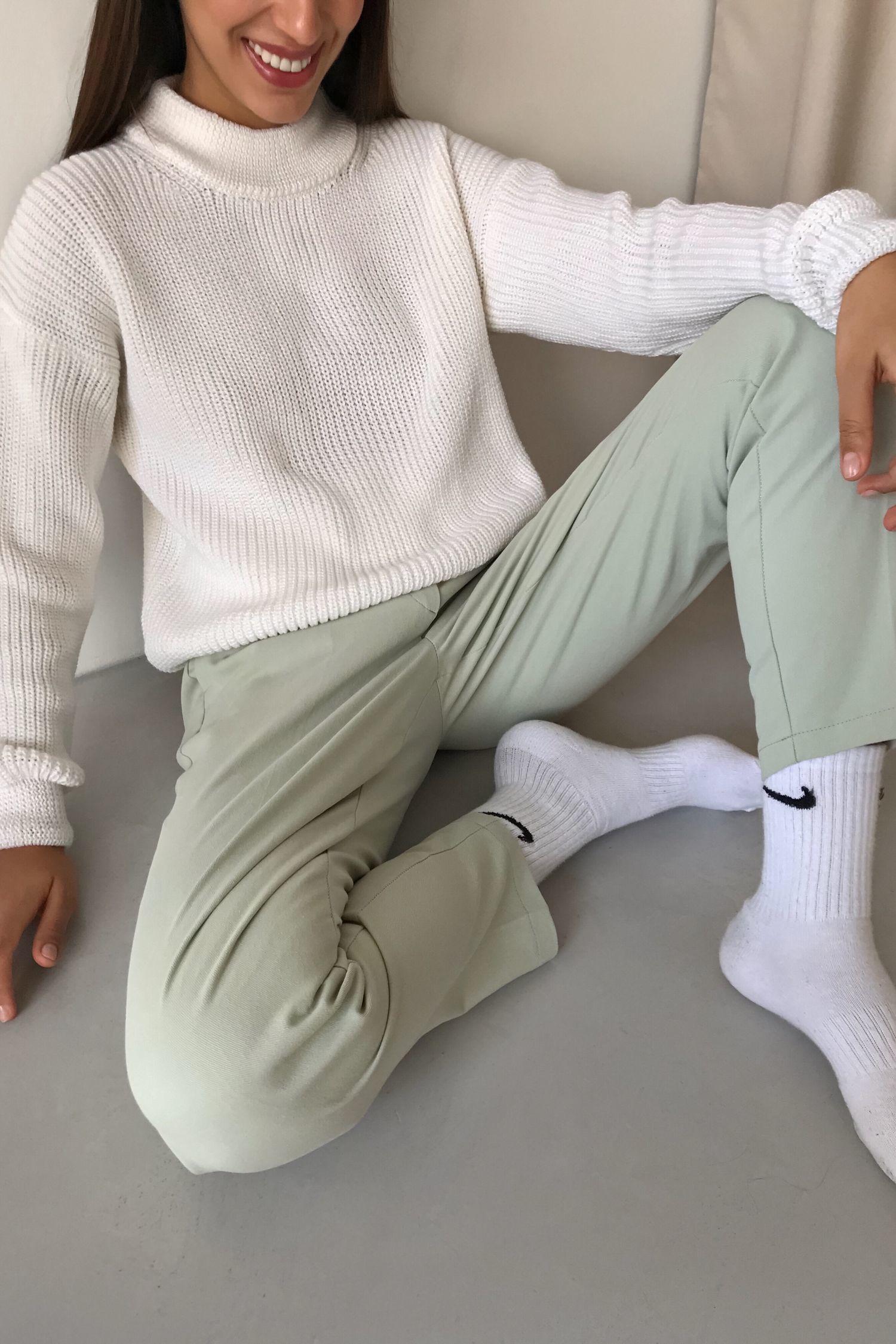 Шерстяной свитер молочный - THE LACE