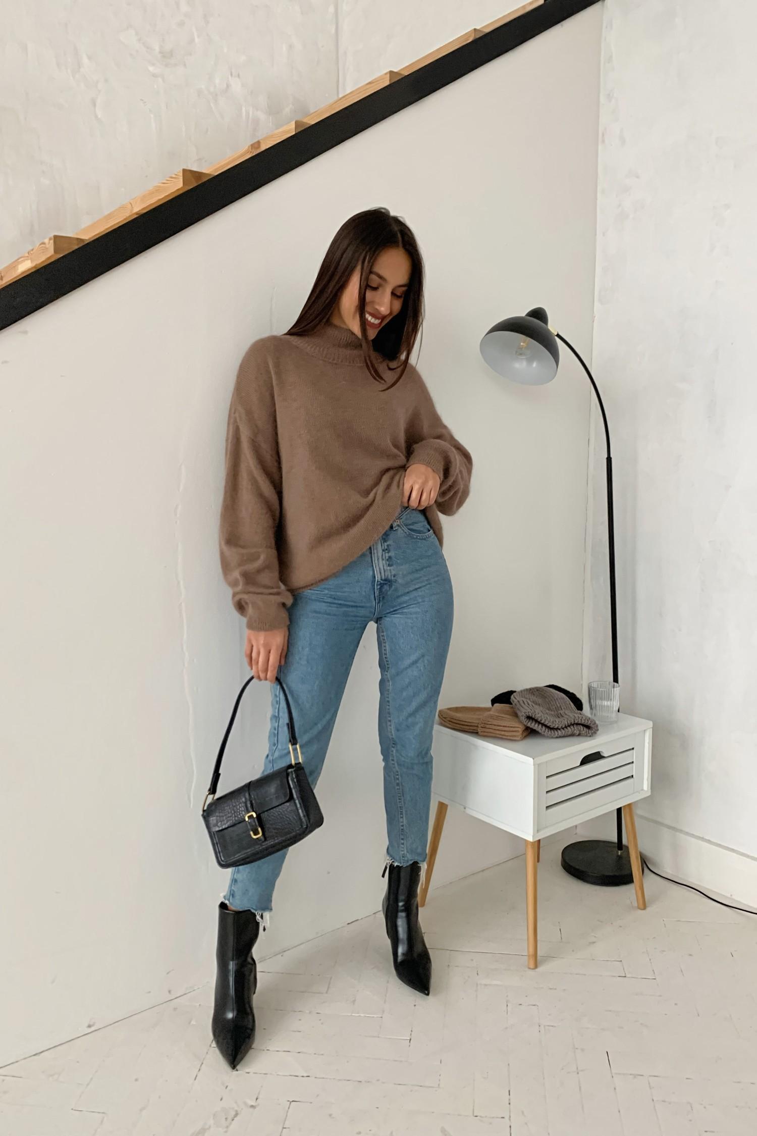 Объемный свитер из ангоры капучино - THE LACE