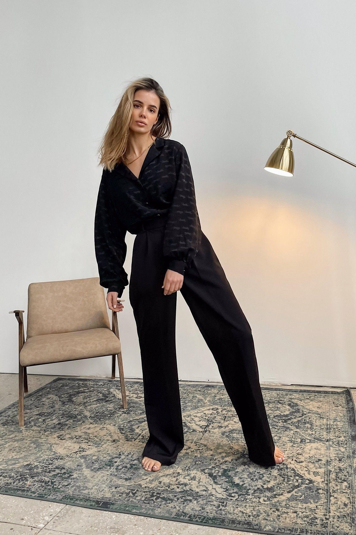 Блуза черная Leo - THE LACE