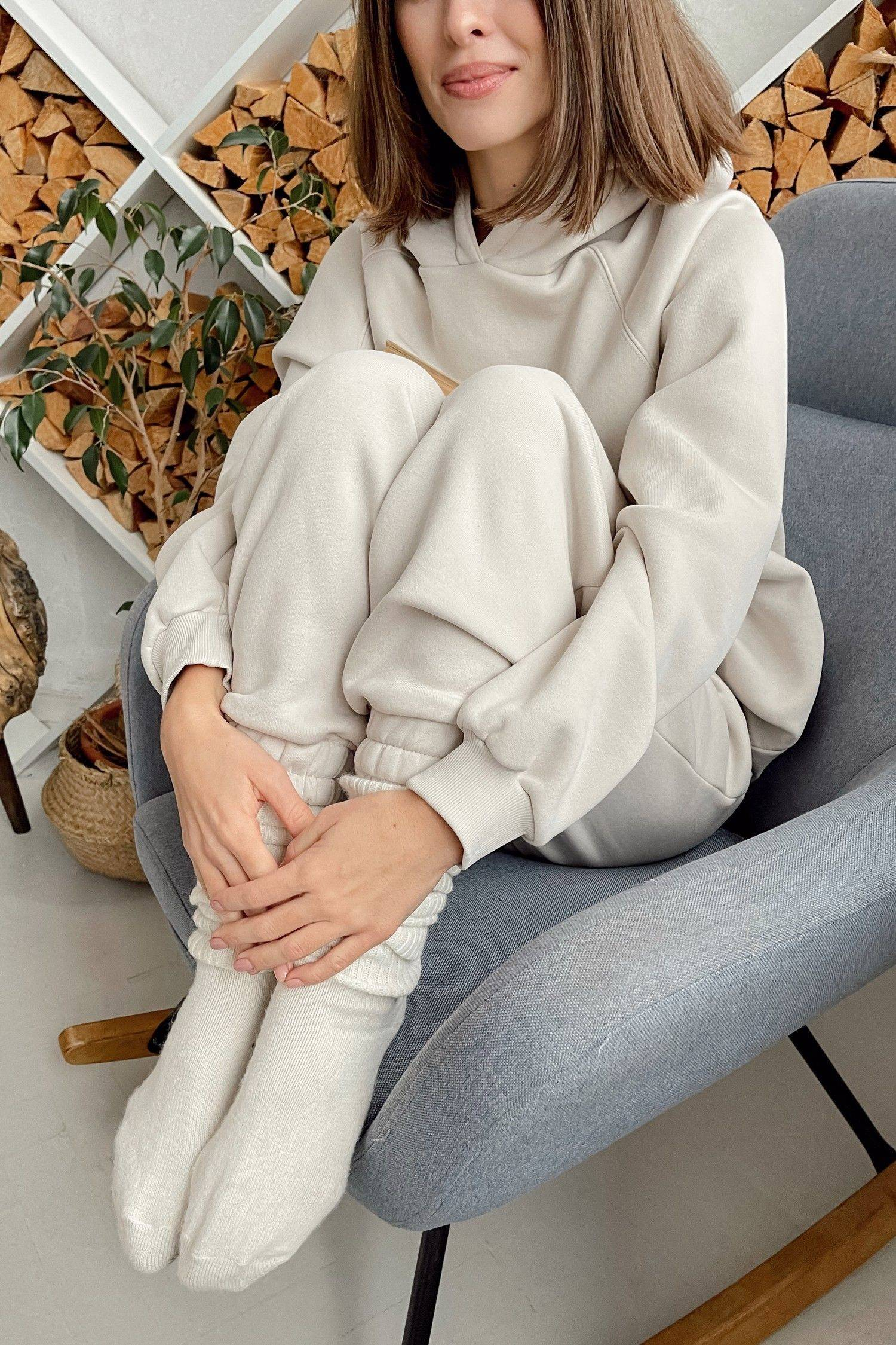 Костюм со спортивными брюками и худи milk - THE LACE