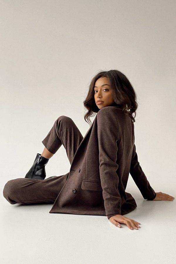 Шерстяной костюм с брюками шоколадный- THE LACE