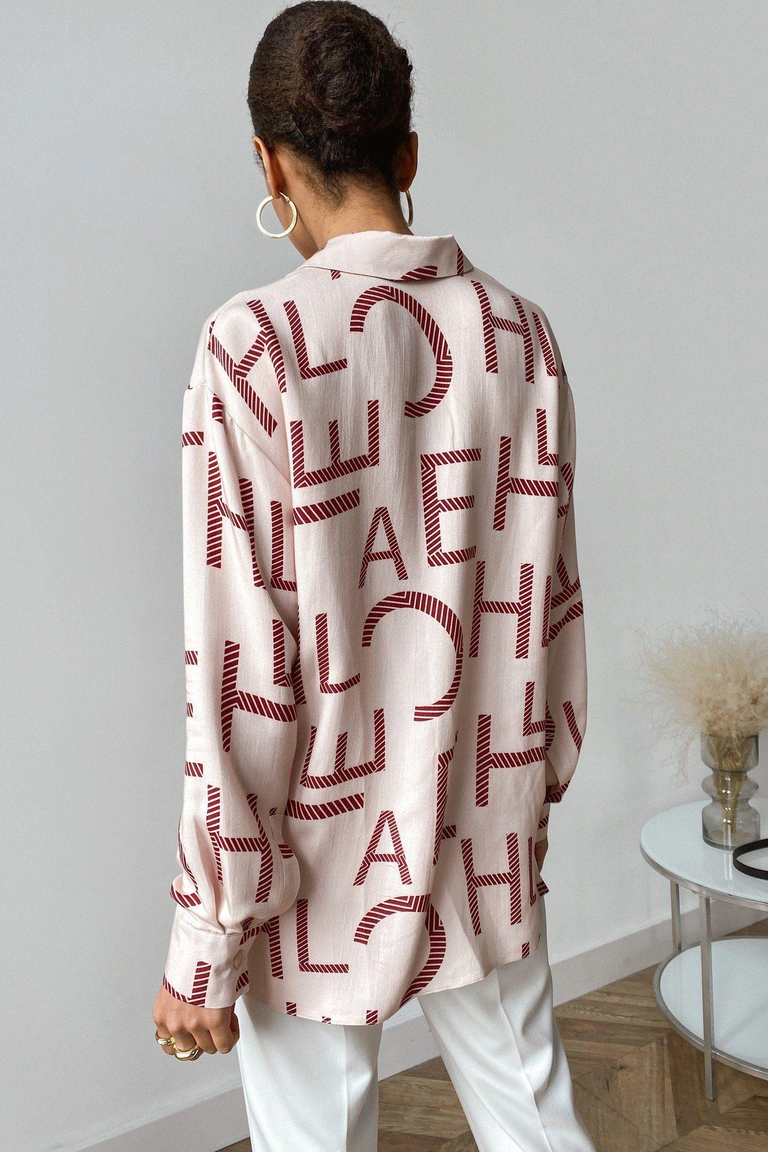 Рубашка с буквами - THE LACE
