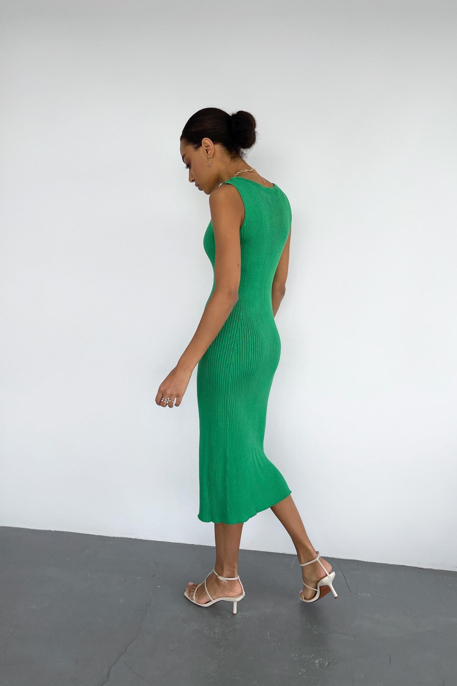 Зеленое трикотажное платье с вырезом - THE LACE