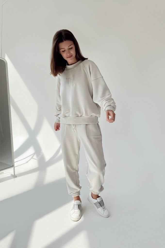 Молочные спортивные брюки - THE LACE