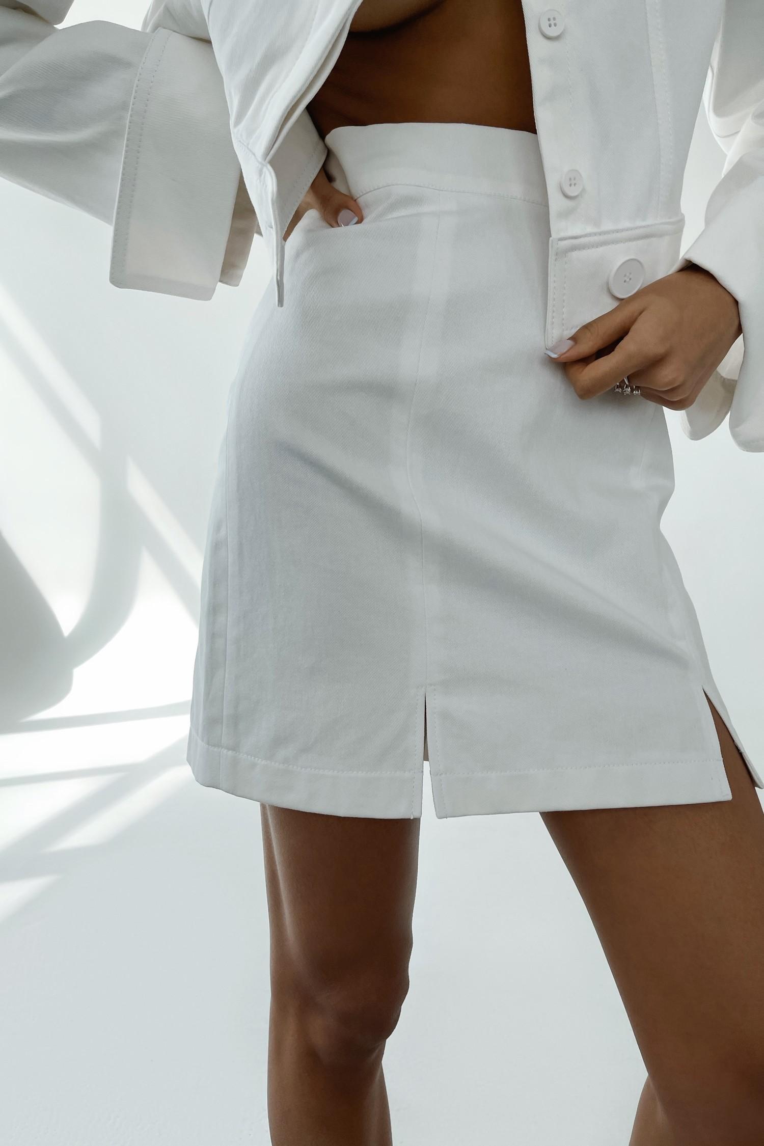 Белая юбка мини с разрезами - THE LACE