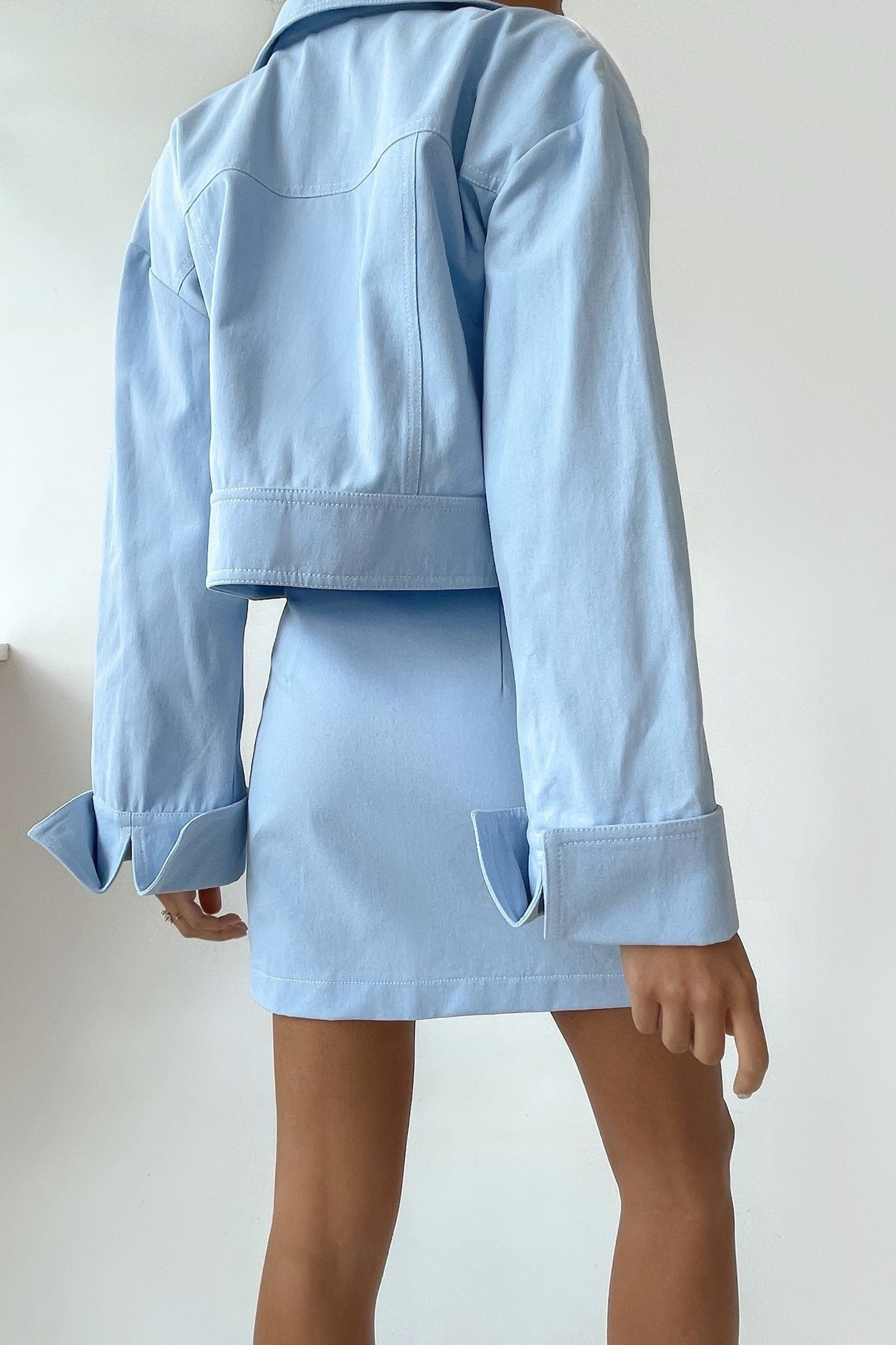 Короткая голубая куртка - THE LACE