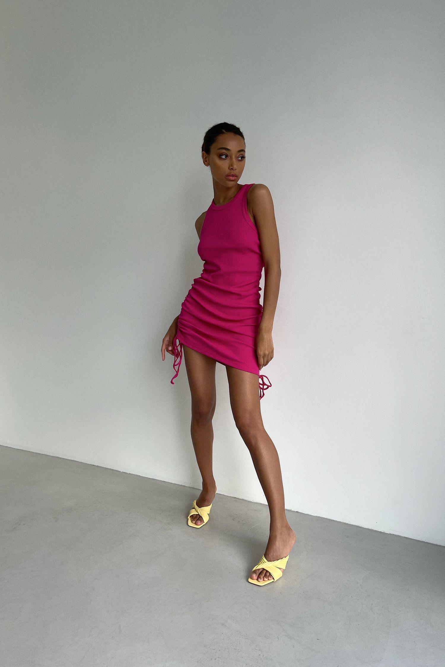 Розовое трикотажное платье мини - THE LACE