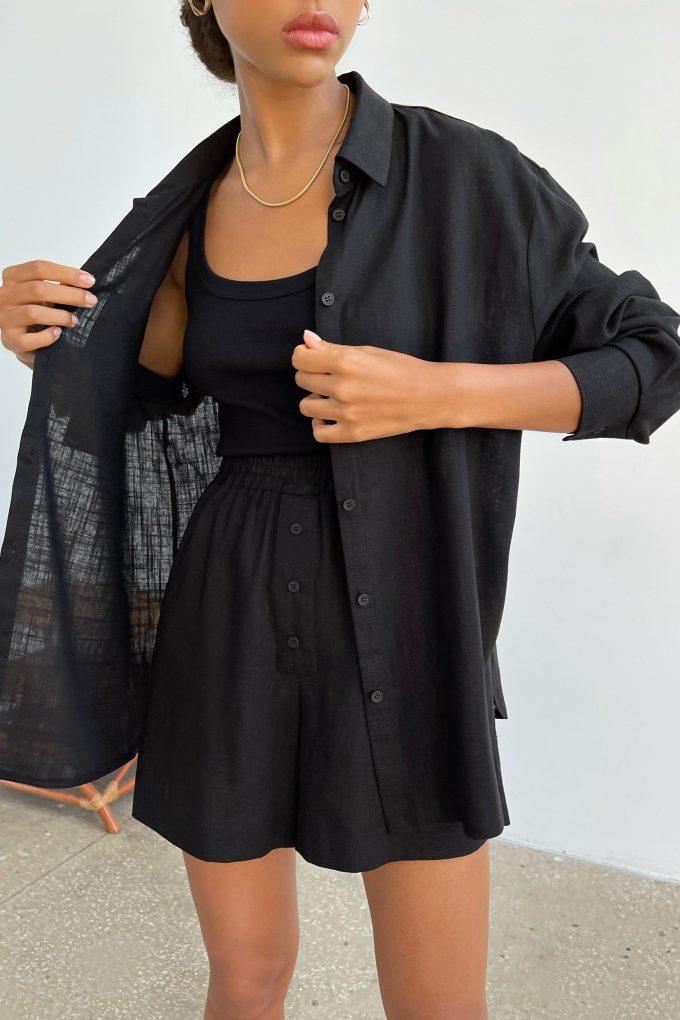Рубашка из льна с карманом черная - THE LACE