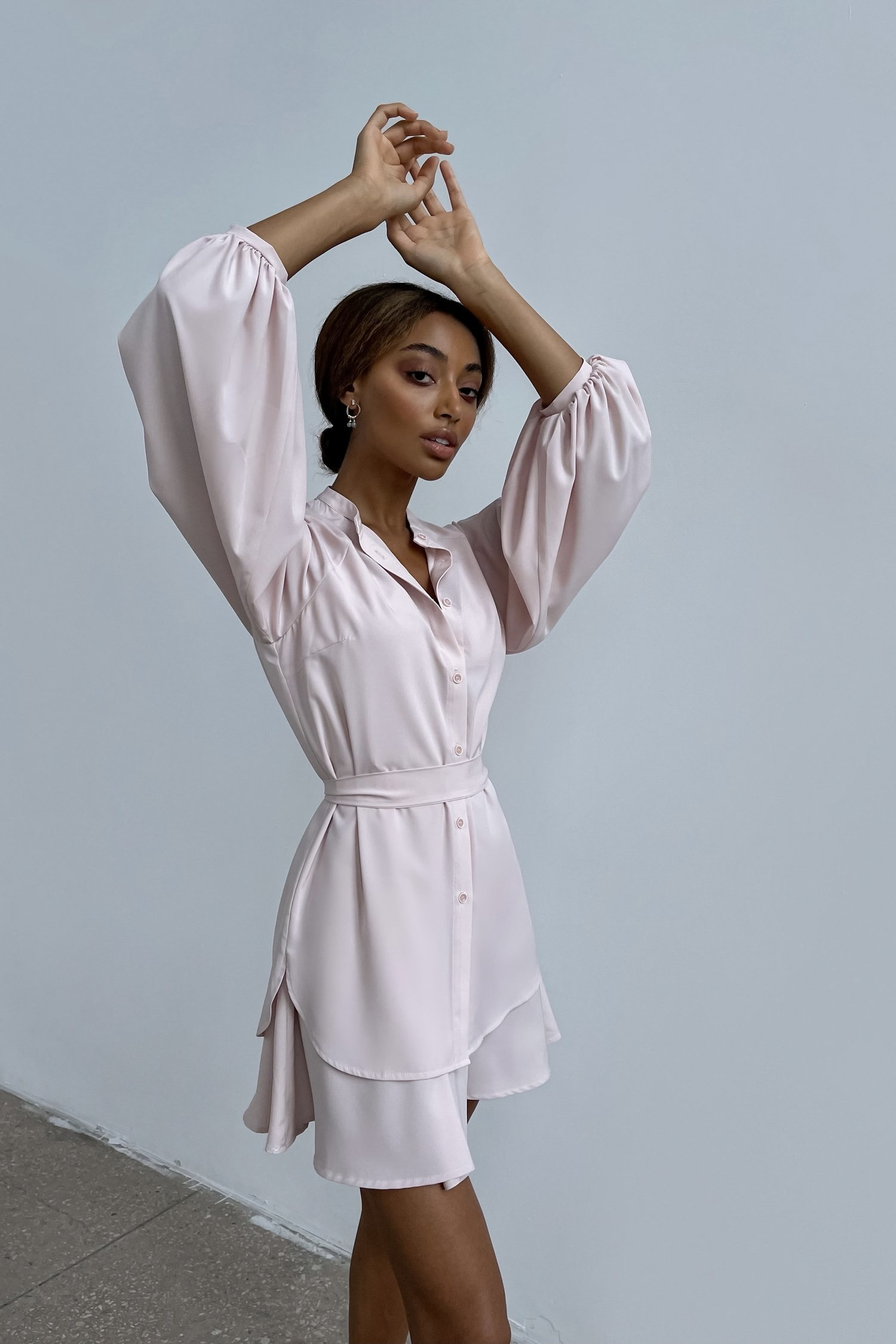Платье мини с двойной юбкой пудровое - THE LACE