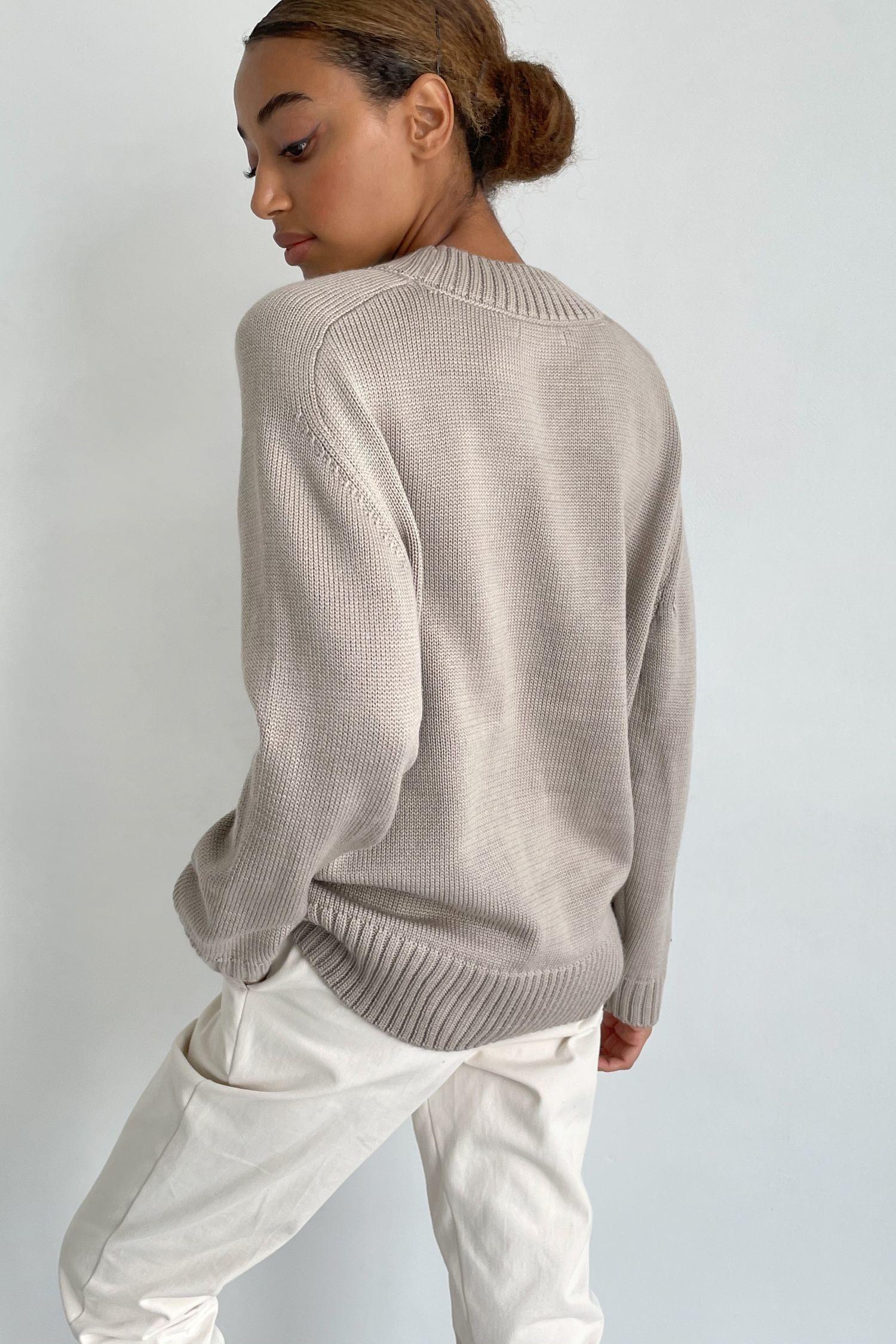 Бежевый шерстяной свитер прямого кроя - THE LACE