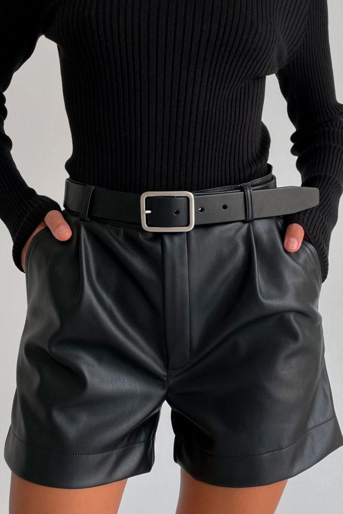 Кожаный ремень с прямоугольной пряжкой черный - THE LACE