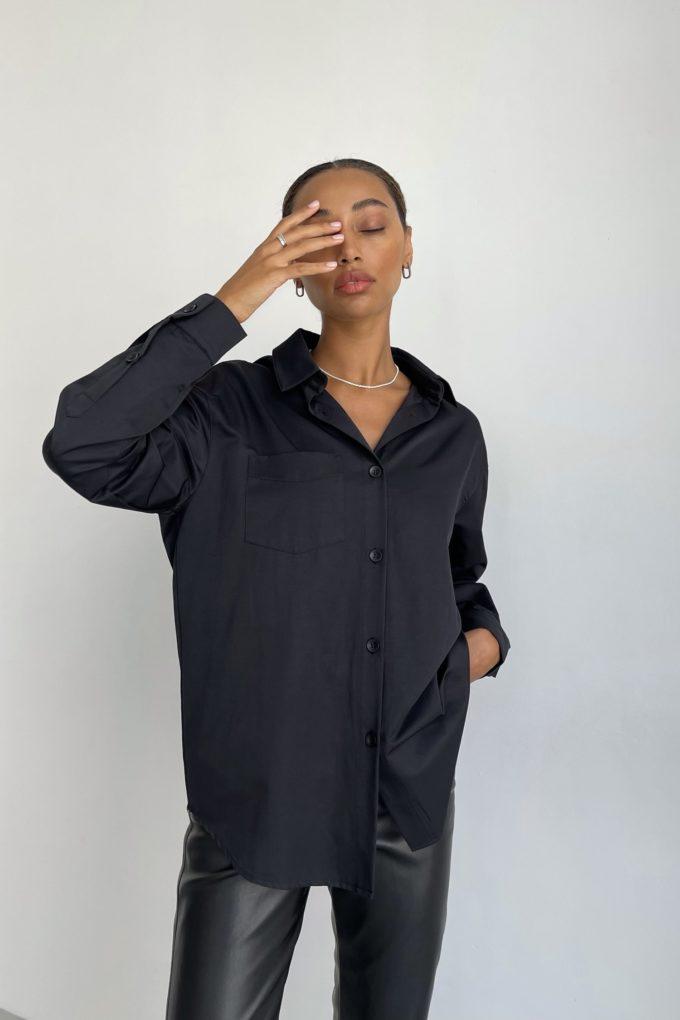 Рубашка оверсайз с накладным карманом черная - THE LACE