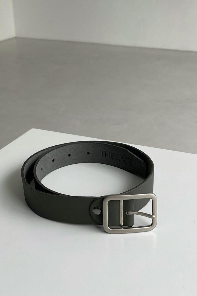 Кожаный ремень с прямоугольной пряжкой серый - THE LACE